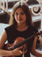 Yulia Bobrova, violin
